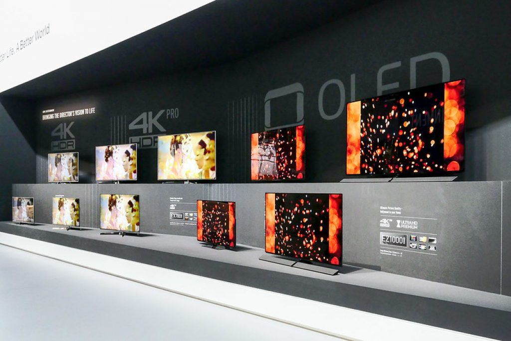 Best Oled Tvs To Buy In 2020 Reviews And Buying Guide