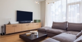7 Best TV For A Bright Room 2021 – Review & Buying Guide